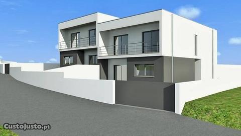 Moradia Inicio de Construção Excelente Preço