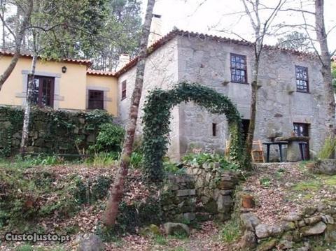 Quintinha com casa V3 Covas Vila Nova de Cerveira
