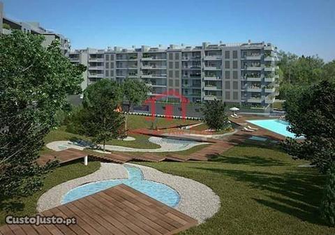 Apartamento T3 em condomínio privado Parque Luso