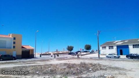 Terreno com viabilidade construção - Praia Leirosa