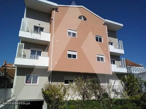 T 3 Duplex com excelente localização