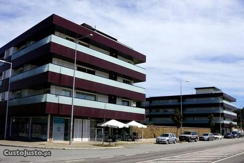 Apartamento T4 como novo no centro de Esposende