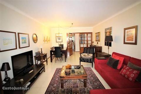 Excelente apartamento T2 em Oeiras (A2340)