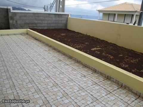 Moradia T3 - Santa Cruz