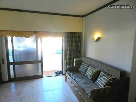 Apartamento T0 com piscina - Oura - Albufeira