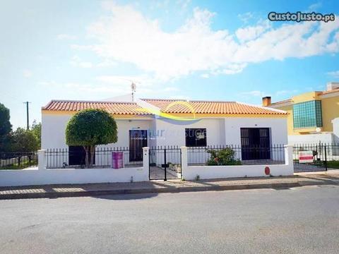 Moradia T3 (Montenegro - Faro - Algarve)