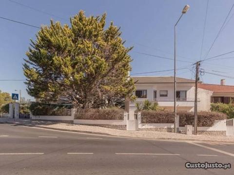 Moradia T5 Duplex Cascais