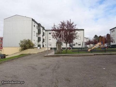Apartamento T4 - Monção