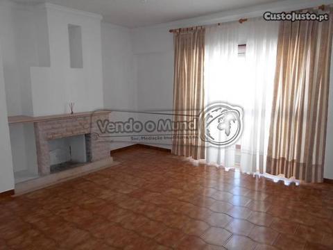 Apartamento T3 em Samora Correia (SC484)