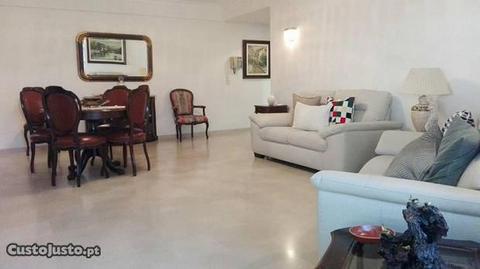 Apartamento T3 Ameixoeira Lumiar Lisboa