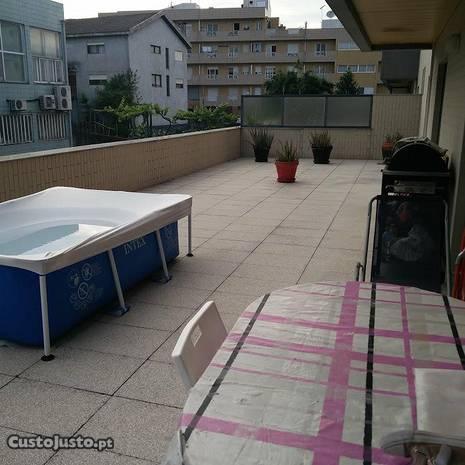 T3 c/terraço de 76 m2