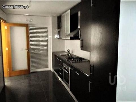 Apartamento T4 Almada