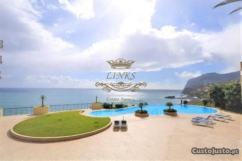 Fantástico Apartamento T1 c/ piscina - Funchal