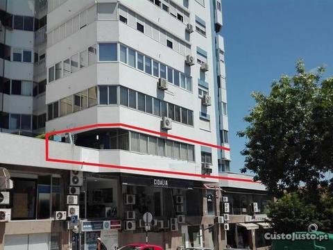 T4 Remodelação Centro de Almada