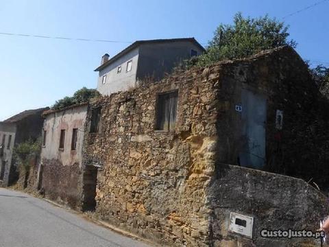 Casa rústica em pedra a 20 KM de Coimbra (PV2637)