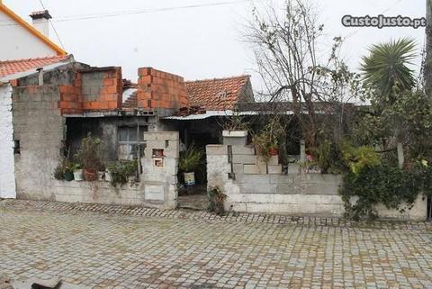 Casa para reconstruir (PROENÇA-A-NOVA)