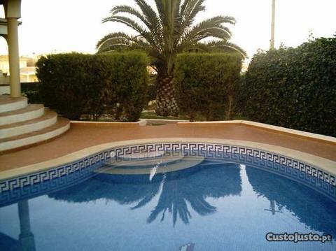 Algarve apartamento em vivenda com piscina privada