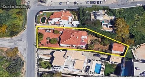 Villa com 5 assoalhadas com terreno de 900 m2