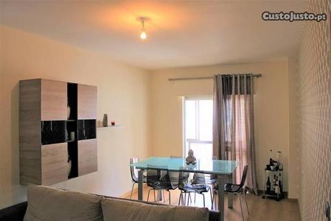 Apartamento T3 remodelado nas Amoreiras
