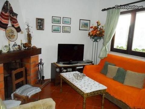 Moradia V4+1 em Porto Côvo