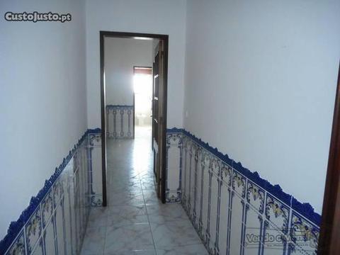 Apartamento T2 em Benavente (B276)