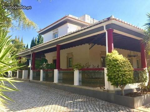 Moradia, FC2084, 5 quartos Pechão
