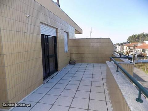 T2 com terraço prox Vergada 100% financiado