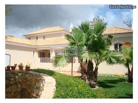 ?1.900.000 - Vilamoura, Algarve Central - Id #3501
