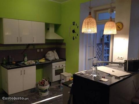 T2 na Penha de França/ 2 Bedroom apartment to rent