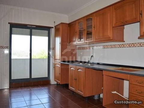 Apartamento T3 em Monção