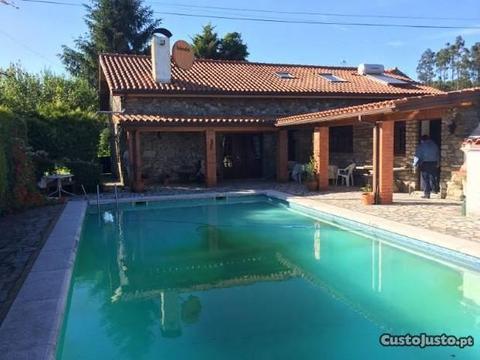 Moradia T6 c/ piscina - Candemil