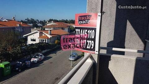 Moradia T4 Triplex Nogueira da Regedoura