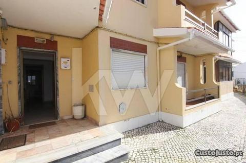 Apartamento T2 em Amoreira - Estoril