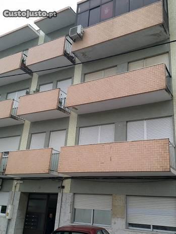 Apartamento T3 impecável - Sobreda da Caparica