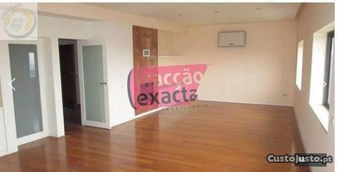 T4 Duplex - RECUADO nos Carvalhos