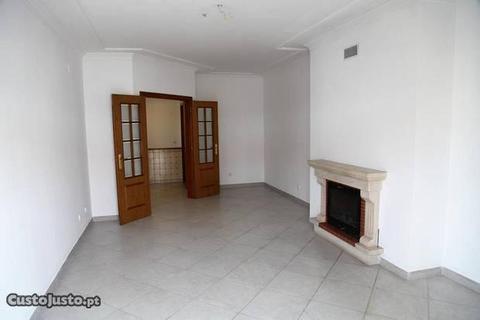 Apartamento T3 Castanheira do Ribatejo
