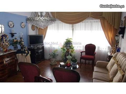 Apartamento T2, Com Vista Mar, Em Sta. Cruz , A