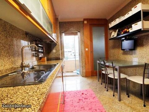 Apartamento T4 - Oliveira de Azeméis