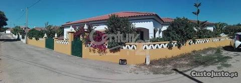 Moradia T4 212,00 m2