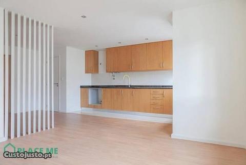 Apartamento T2 completamente Renovado