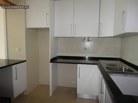 Ref.2683-Apartamento novo com duas varandas