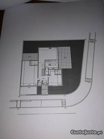 Moradia T4 (Em construção) - Valadares